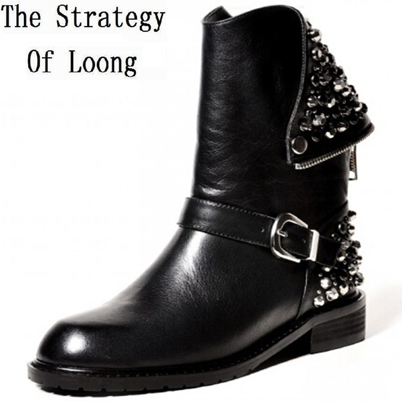Women Autumn Winter Low Heel Genuine Leather Rivets Round Toe Back Zipper Buckle Fashion Martin Boots Size 34-39 SXQ0730 women autumn winter genuine leather thick mid heel side zipper round toe 2015 new fashion ankle boots size 34 39 sxq0905