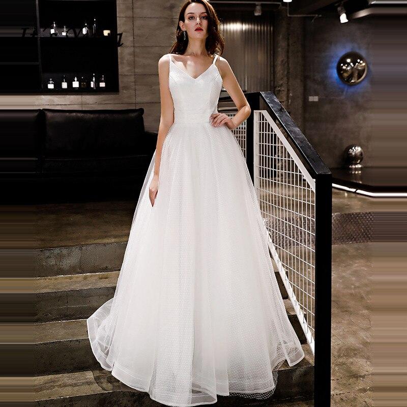 68bcc485925794f Это YiiYa вечернее платье 2018 Спагетти ремень Простой v-образным вырезом  белый А-силуэт на шнуровке в Пол Вечерние платья LX1291 robe de soiree