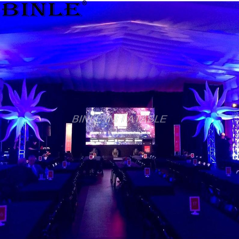 Giant 2.5mD multangular lighting stage led inflatable star for event advertisingGiant 2.5mD multangular lighting stage led inflatable star for event advertising