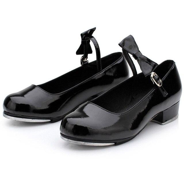 Claquettes Filles Arc En Cuir Chaussures Femme Nouveau Cycle Lumineux  Adulte Robinet Femmes Chaussures De Sport da159ef76573