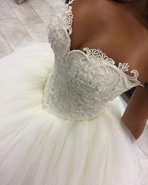 Romantische Prinzessin Hochzeitskleid Spitze Appliques Liebsten