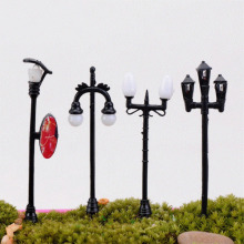 1 Piece Small Ornaments6CM Micro Landscape Figurines & Miniatures Ornaments Model Lights Street Lamp Simulation Lights Creative