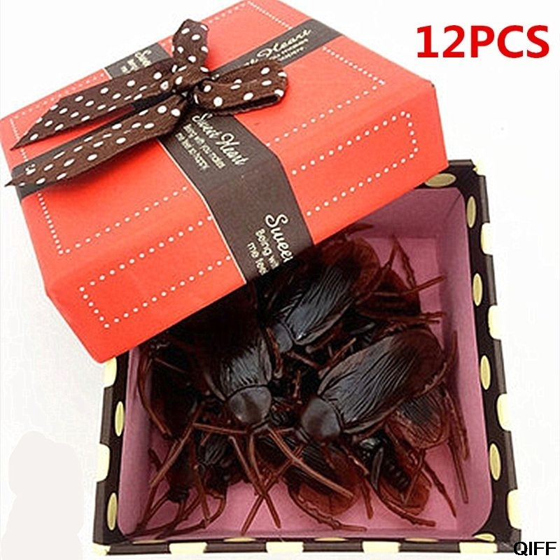 Drop Ship&Wholesale 12Pcs Lifelike Cockroaches Toy Halloween Gadget Gags Practical Jokes Toys Plastic Bugs May06