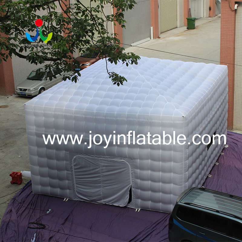 8LX8WX4HM 210D Oxford Giant Inflatable Cube Tent in White and Black Color