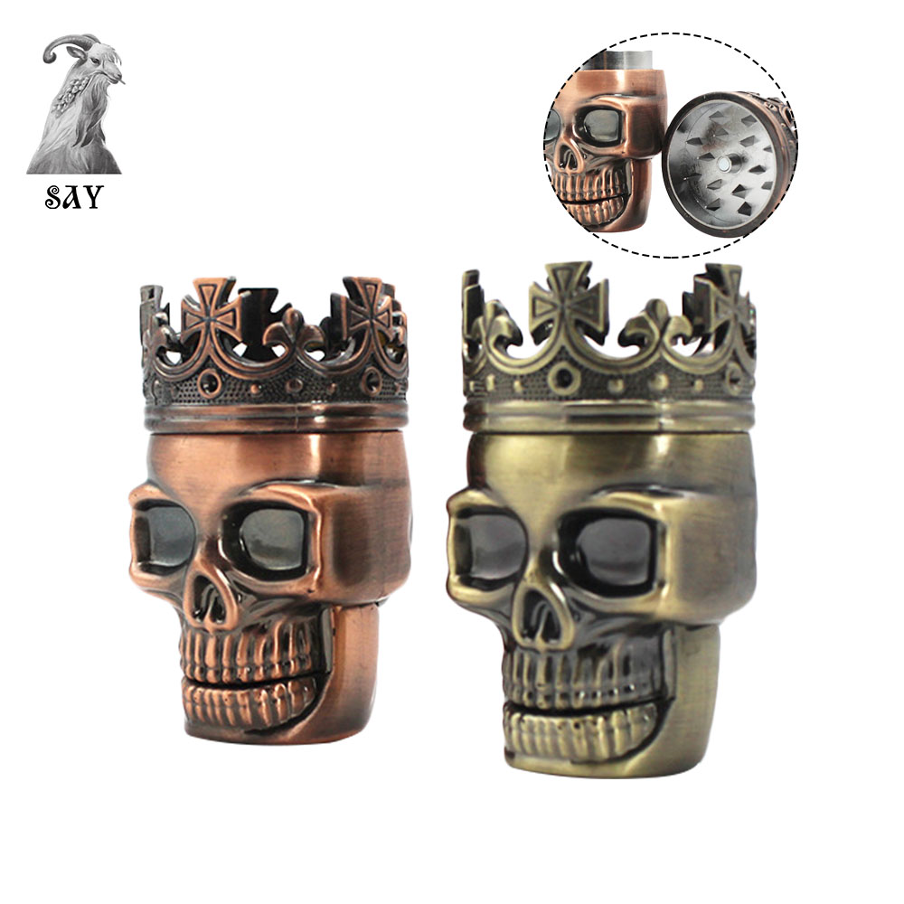 SY Best Selling Three-Layer Metal Crown Tobacco Herb Grinder Plastic King Skull Bong Tobacco Grinder Smoking Tools image