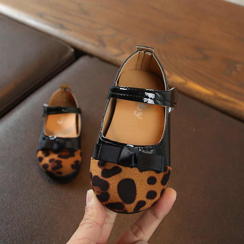 2019 חדש הדפס מנומר תינוק בנות נסיכת נעלי 1 כדי 5 שנים אופנה נעליים יומיומיות תינוקות ראשון ללכת רך נעלי סניקרס