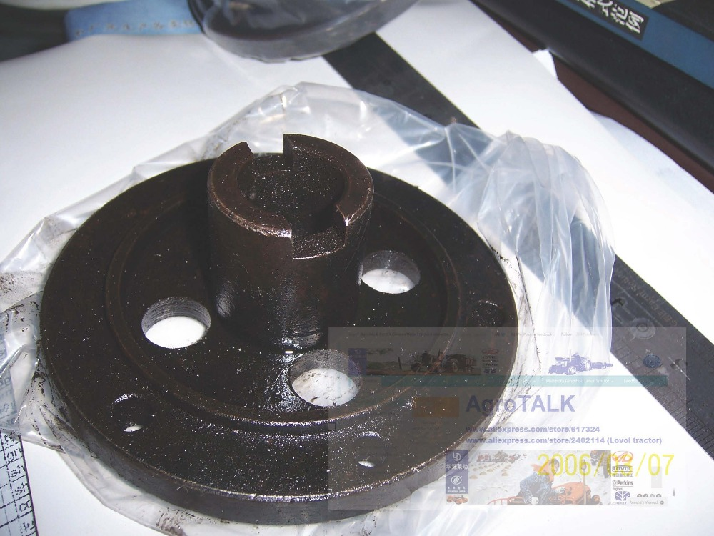 Fengshou FS184 tractor with engine J285T,coupling for engine J285T with part number J485.02.202T jiangdong engine parts for tractor the set of fuel pump repair kit for engine jd495