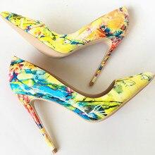Keshangjia 2018 봄 새로운 여성 펌프 인쇄 꽃 신발 섹시한 지적 발가락 얇은 하이힐 파티 결혼식 신발 여성