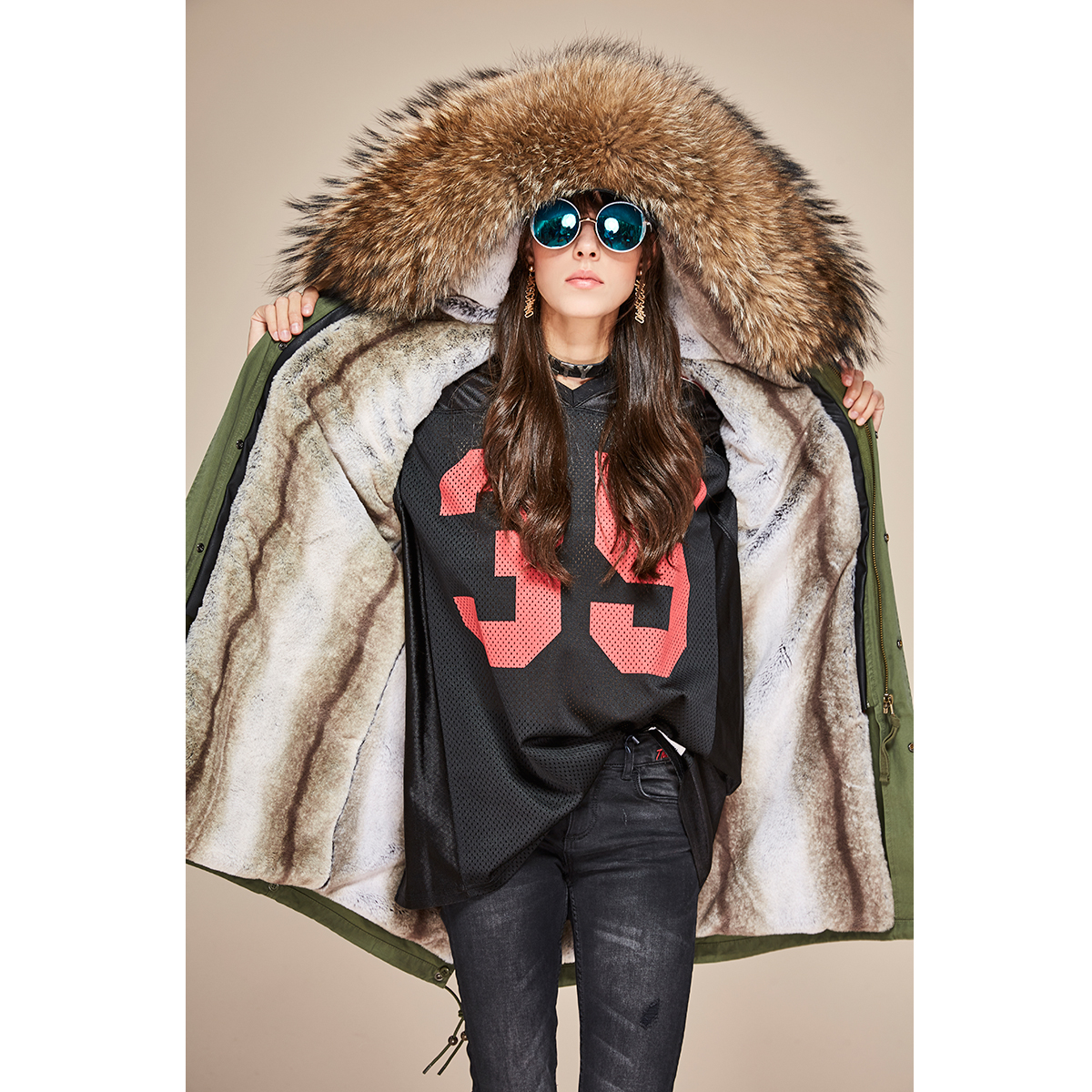 JAZZEVAR 2019 Neue Mode Winter Frau Große waschbären Pelz Kragen parka midi Mit Kapuze Mantel Outwear perlen Military Lange Jacke-in Parkas aus Damenbekleidung bei  Gruppe 3