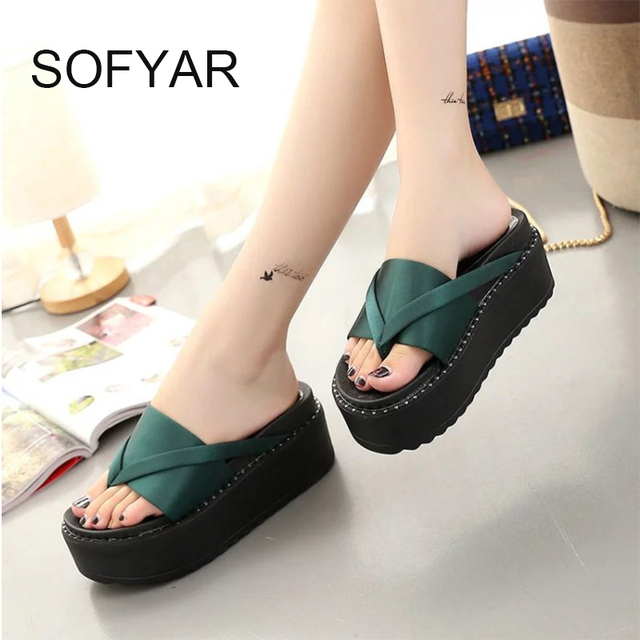 2017 women Flip flop female home slipper high heels t tied green solid wndges shoes  high-heeled sandals shoes beach slipper