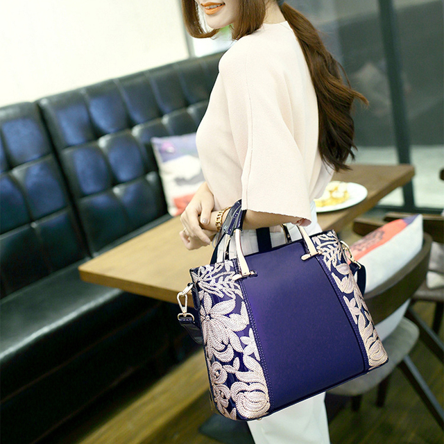 XFE Aristocratic Women Bag Handbags Patent Leather Lady Shoulder Bag Famous Brand Fashion Female OL Bag Wedding Party Bag bolsa