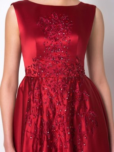 Image 5 - Dressvエレガントなロングブルゴーニュイブニングドレス 2017 極上サテンボート背中ビーズ刺繍ウエディングドレスフォーマル