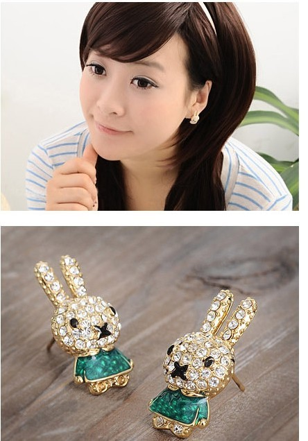 2017 New Stud Earrings cute bunny rabbit rhinestone crystal earring for women female girls charms 12