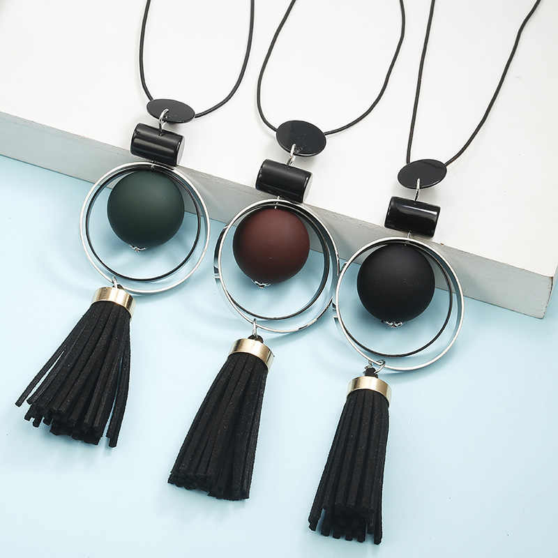 New Fashion Acrylic  Women Necklace Long Sweater Chain Necklace Geometric Pendant Winter Statement Neck Jewelry