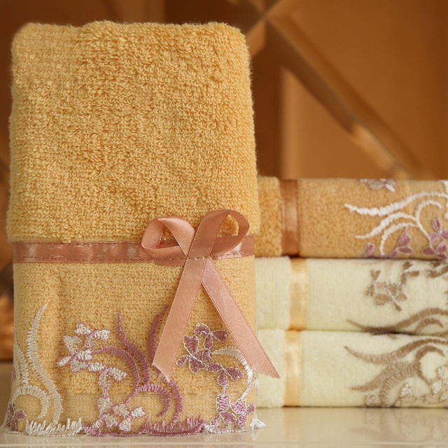 Lovely and attractive Cotton Absorbent Bath Towel Classic Lace Embroidery Design Face Towel Soft Washcloth