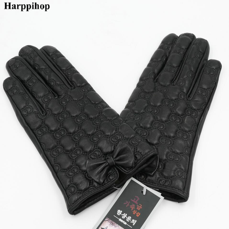 Leather glove lady winter mink hair touch screen sheepskin gloves plus velvet thickening warm short paragraph riding a car Korea