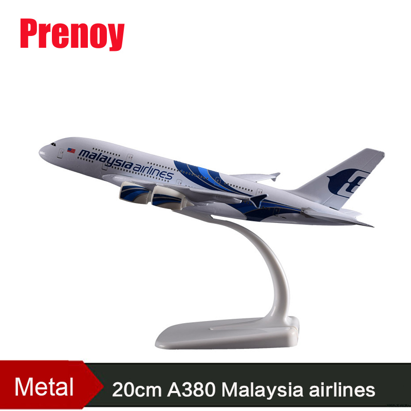 20CM A380 Malaysia Aircraft Plane Model Internation A380 Aeronautical Airbus Malaysia Airplane Airways Model Toy Gift Collection