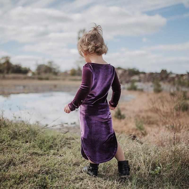 Модная одежда для детей, Детская мода Обувь для девочек золото бархатное платье детская одежда с длинными рукавами в стиле ретро платье принцессы одноцветное Цвет круглым вырезом Костюмы J3