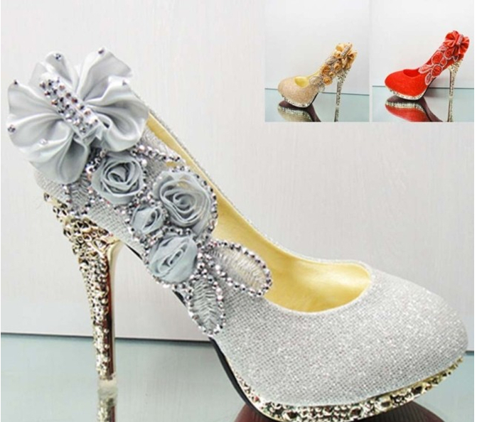 719ee605fd4 New Beautiful 4 color Silver Pink Red Golden Vogue lace Flowers Crystal  High Heels Wedding Bridal dancing party Shoes-in Women s Pumps from Shoes  on ...