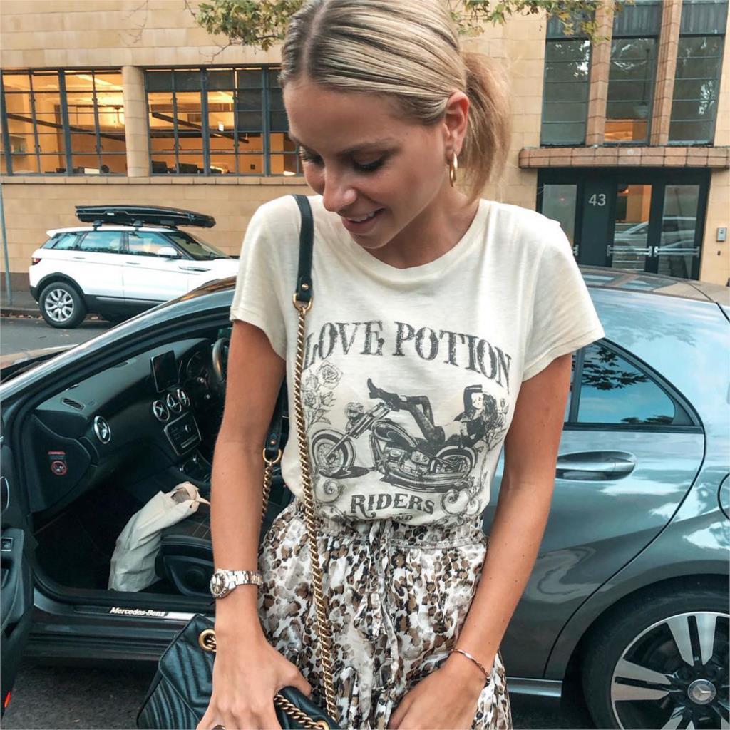 Jastie Love Potion Organic Girlfriend Tee Rock Motorbike Chick Print T-Shirt Top O-Neck Short Sleeve Women Shirts Summer Top Tee