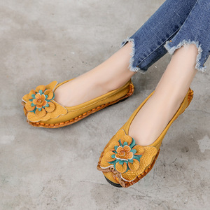 Image 3 - أحذية مسطحة من الجلد الطبيعي الناعم من GKTINOO 2020 للنساء أحذية بدون كعب مزخرفة بالزهور للنساء أحذية بدون كعب للنساء