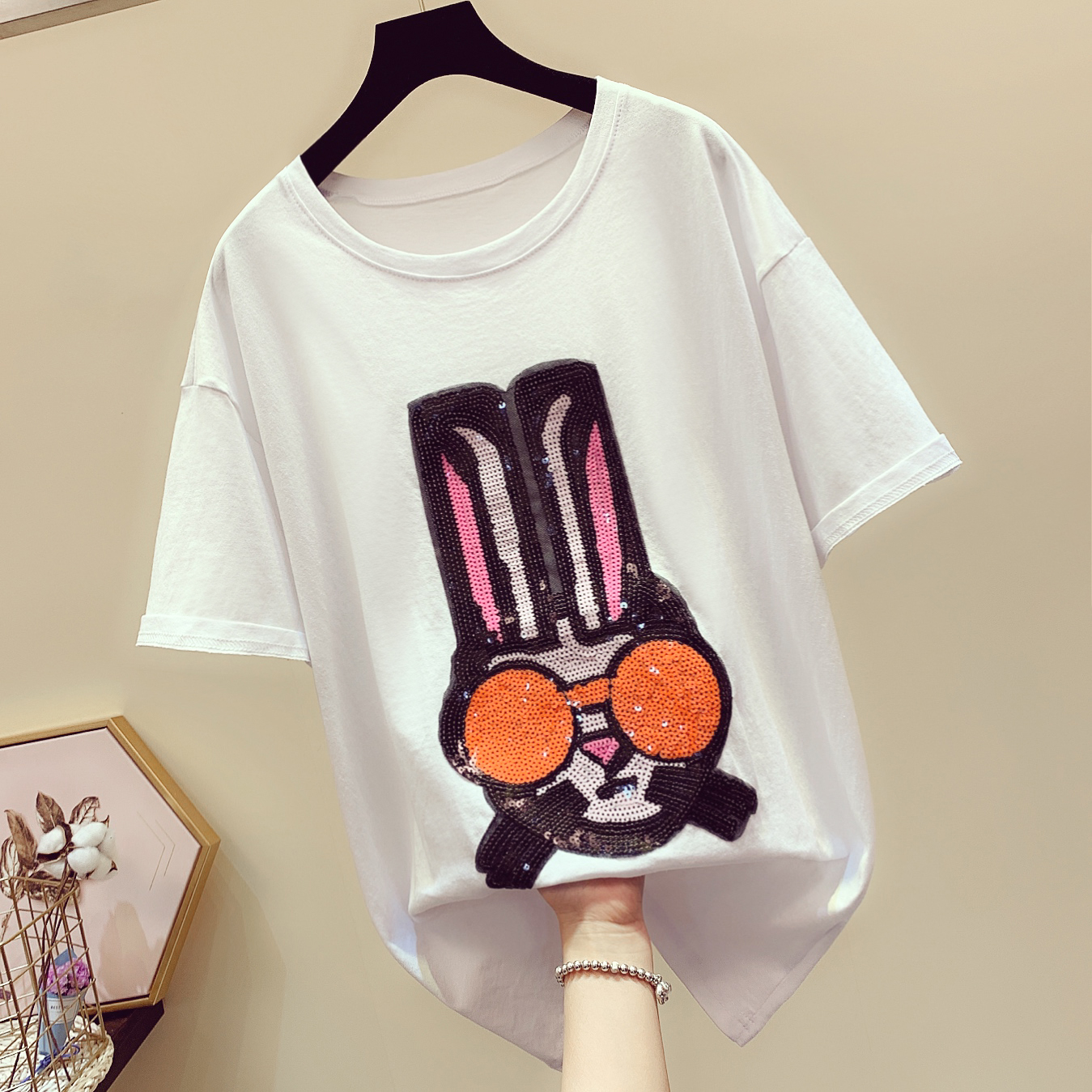 2019 Summer New Fashion Cartoon Pattern Tshirts Womens Tee Sequins Loose Short-sleeved T-shirts Woman's T-shirt Students Tees Price $26.88