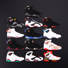 New Mini Jordan 7 Keychain Shoe Men Wome Kids Key Ring Gift Basketball Sneaker Key Chain Key Holder Porte Clef mini silicone sply 350 v2 shoes keychain woman bag charm men kids key ring gift sneaker key chain acessorios porte clef