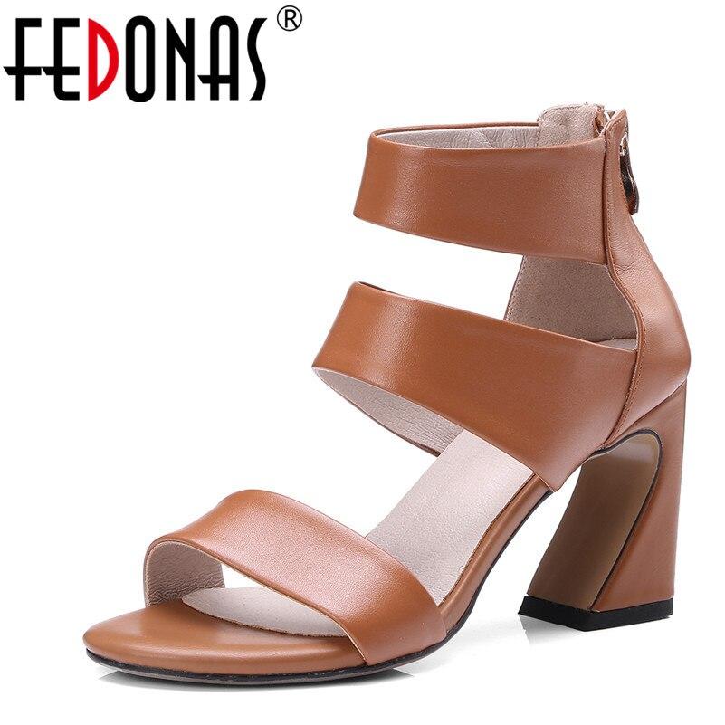FEDONAS المرأة أزياء الصيف حقيقية أحذية من الجلد امرأة الكاحل الاعوجاج المصارع صنادل أرضية أنيقة الزفاف حزب مضخات-في كعب عالي من أحذية على  مجموعة 1