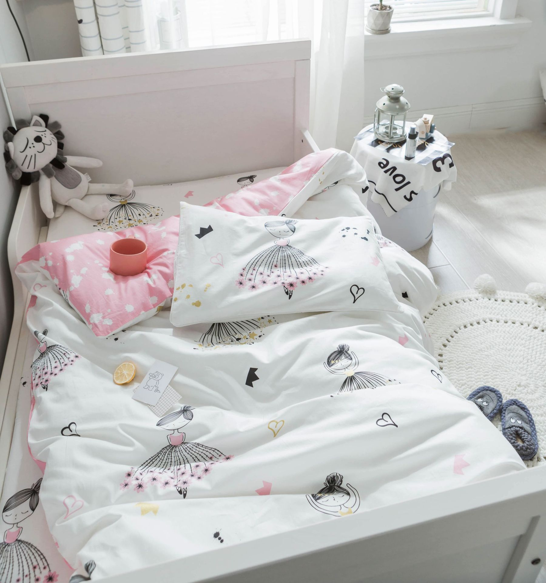 3 pcs set 100% cotton baby Bedding set ,bed sheet duvet cover pillowcase ,Words bear pink white eyes boy and girl cute beding