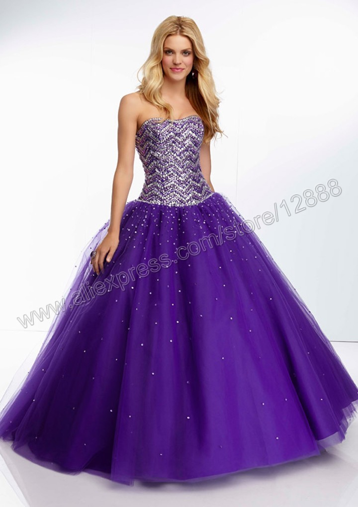 56811e5f663 Tulle Ball Gown with Jewel Beaded Bodice Strapless Floor Length Purple  Princess Prom Dress-in Prom Dresses from Weddings   Events on  Aliexpress.com ...