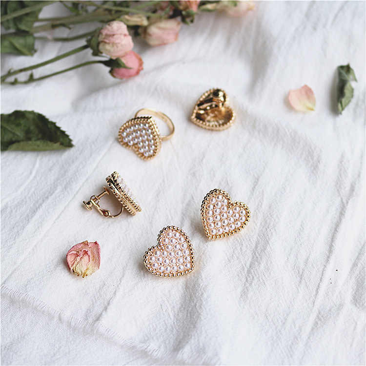 Japanese wind cutie girls heart shaped tiny simulated pearl earring women gold color pink heart earring stud free shipping