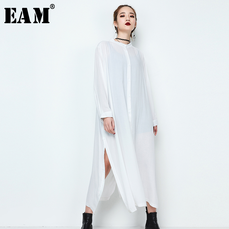 [EAM] 2019 Autumn Winter Woman Stylish New Black White Color Single Breasted Long Sleeve Long Loose Split Hem Dress JE64701