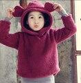 Осень Зима Новые 2015 новорожденных девочек мальчиков Толстовки, Мода, Плюшевые, уши Кролика, Дети Верхняя Одежда и Пальто. дети футболки Для девочек мальчиков