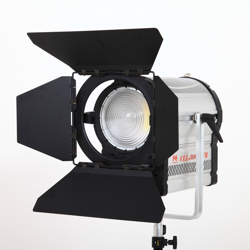 DHL Free Falcon Eyes 300W LED Fresnel Light 3000-7000K Video Studio Spotlight цены онлайн