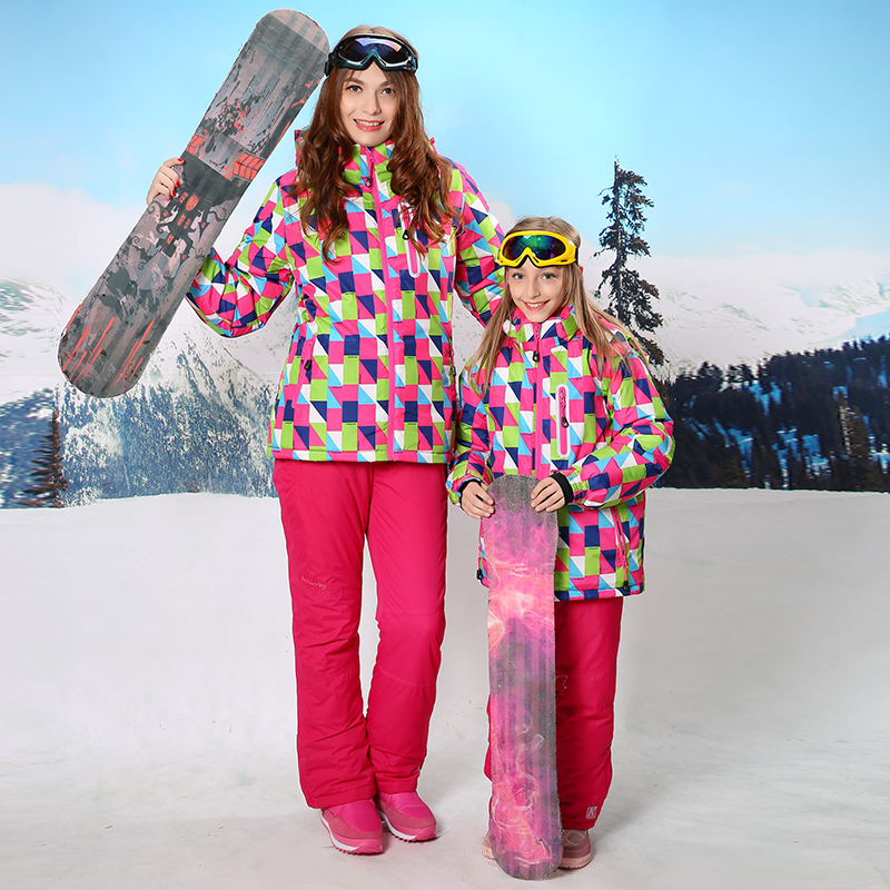ФОТО Russian Winter Family Matching Outfits Outdoor Windproof Waterproof Family Clothing Mother and Girls Snowboard Ski Suit