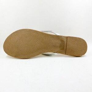 Image 4 - Zapatos informales para mujer, sandalias con abalorios y flores, chanclas florales de playa con hebilla, para verano, 2020