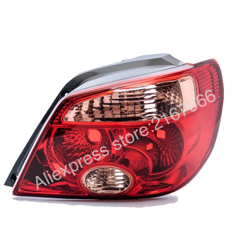Tail Lights RIGHT fits MITSUBISHI OUTLANDER / AIRTREK 2005 2006 Rear Lamps Side Passenger RED