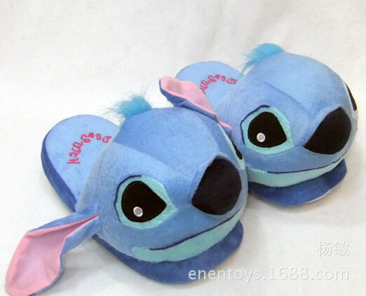 Lilo & Stitch  Packets of foot slipper household Wool cloth with soft nap Keep warm shoes doll toy The doll   Cosplay Props