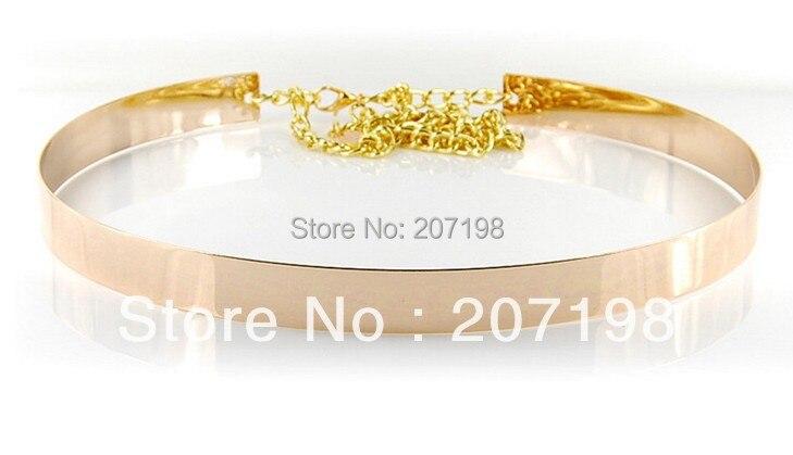 (50 unid lote) mujeres 2 cm Full Metal Placa Cinturón Fino para el Verano  Brillante Oro y Plata Corazón Colgante de Cadena de La Cintura Elegante en  ... 229e5909954c