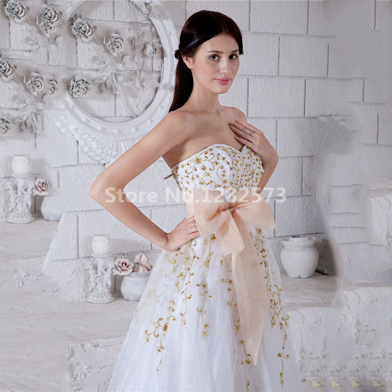 Chic White Wedding Dress Long Embroidery Elegant Wedding Dresses ...