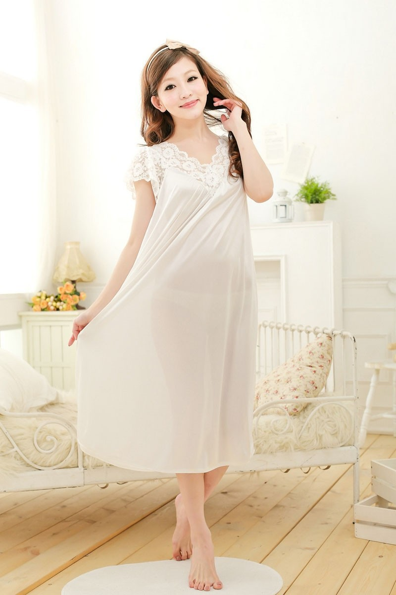 Free shipping women lace sexy nightdress girls plus size bathrobe Large size Sleepwear nightgown Y02-3 1
