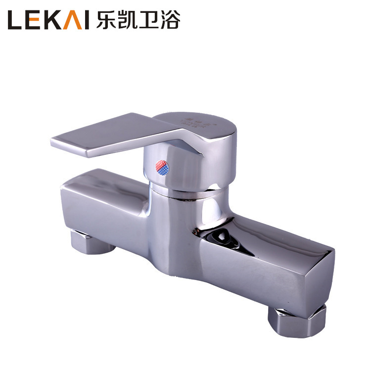 Quartet shower hot and cold mixed water faucet dark into the wall thicker shower faucet lift