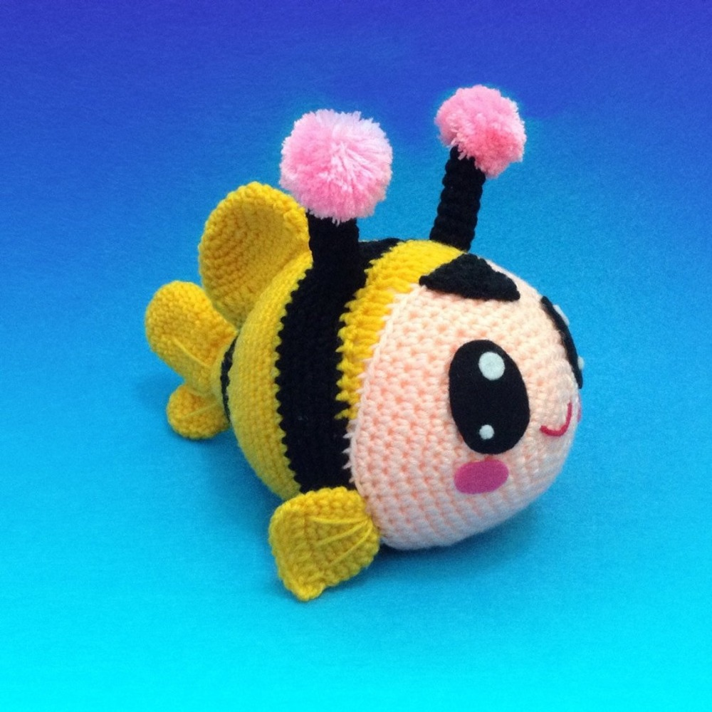 Crochet Toy Amigurumi Doll  Fish In Bee  Rattle   Model Number SCA0016