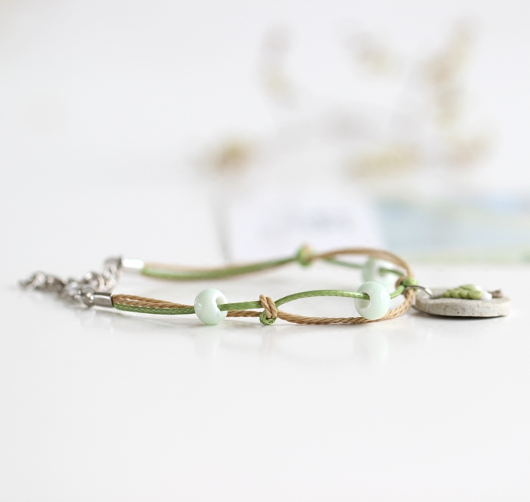 Fashion Creative Hand Kneading Green Tree Wafer Pendant Ceramic Bracelet Charm Braided String Special Jewelry for Women Gil