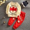 Roupa dos miúdos 2015 novas Crianças Outfits Treino Batman Crianças Roupas 2 pcs casaco + Crianças Calças Esporte Suit Meninos Roupas conjunto
