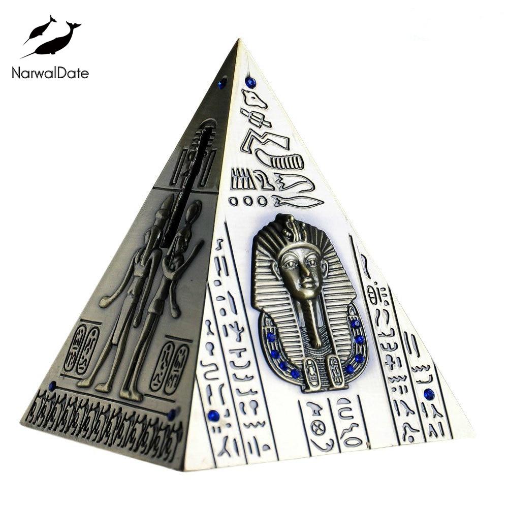 Pyramids Piggy Bank Bronze Statue Coin Can Egyptian Pyramid Model World Miracle Tourist Souvenir Kids Gift 2019 Dropshipping