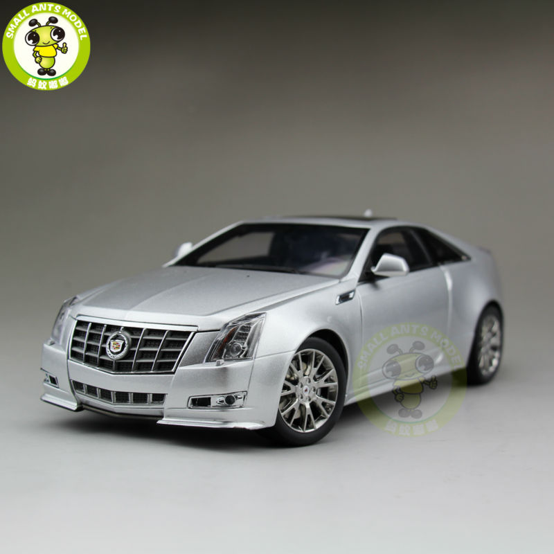 1/18 Kyosho G005S GM Cadillac CTS Coupe Diecast Model Car Silver