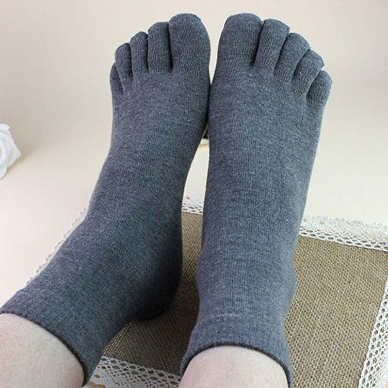 Top Sell Soft Fashion 1 Pair Winter Autumn Warm Comfortable Men Top Quality Women's Guy Five Finger Pure Soft Cotton Toe Socks