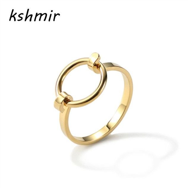 Fashion accessories Ms ring sell like hot cakes Opening the new copper casting f