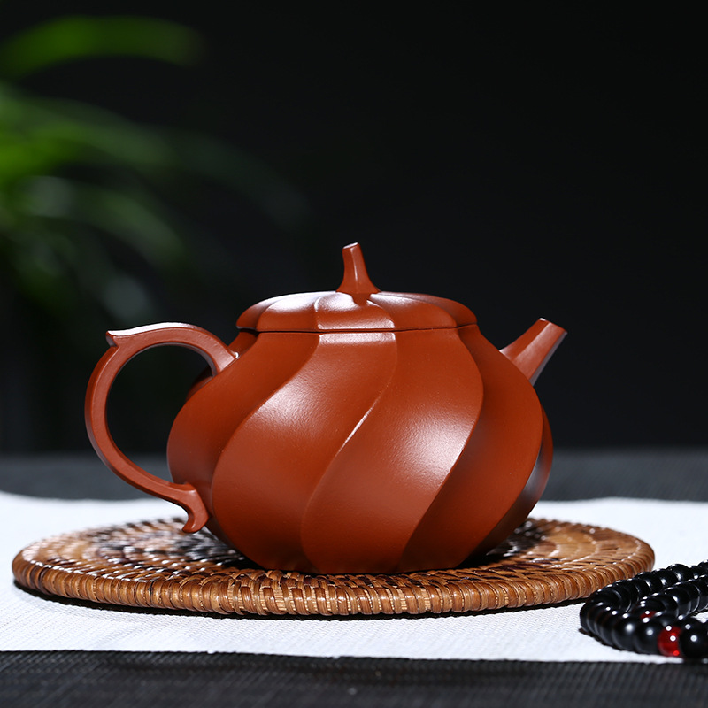 PINNY 200ml Purple Clay quot Water Chestnut quot Teapot Hand Made Zisha Tea Pot Chinese Kung Fu Tea Set Purple Sand Crafts Natural Ore in Teapots from Home amp Garden